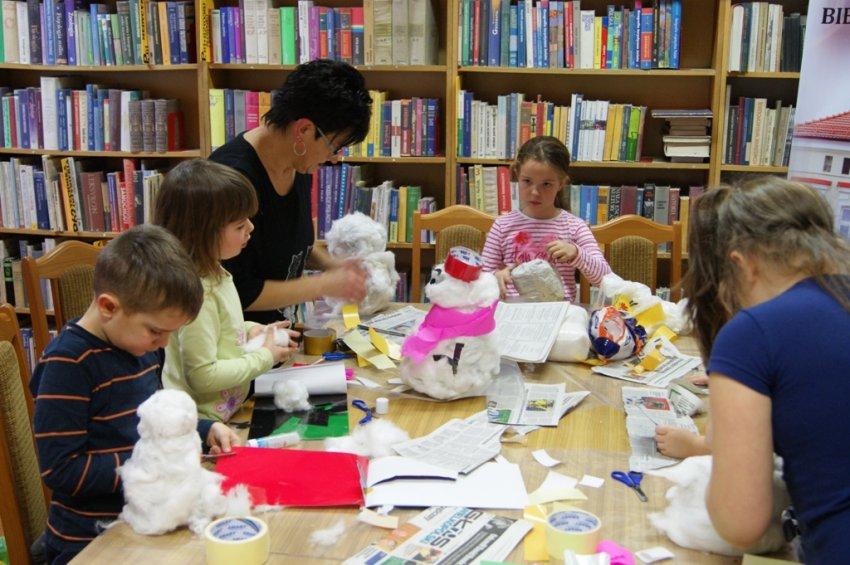 Ferie w bibliotece - Kraina bałwanków