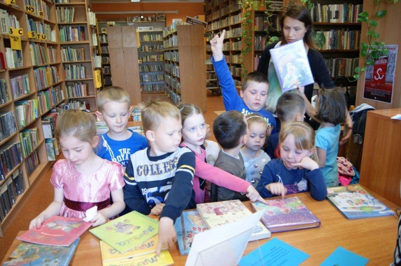 Cała Polska czyta w Bibliotekach - odwiedziny ˝Sokrotek˝